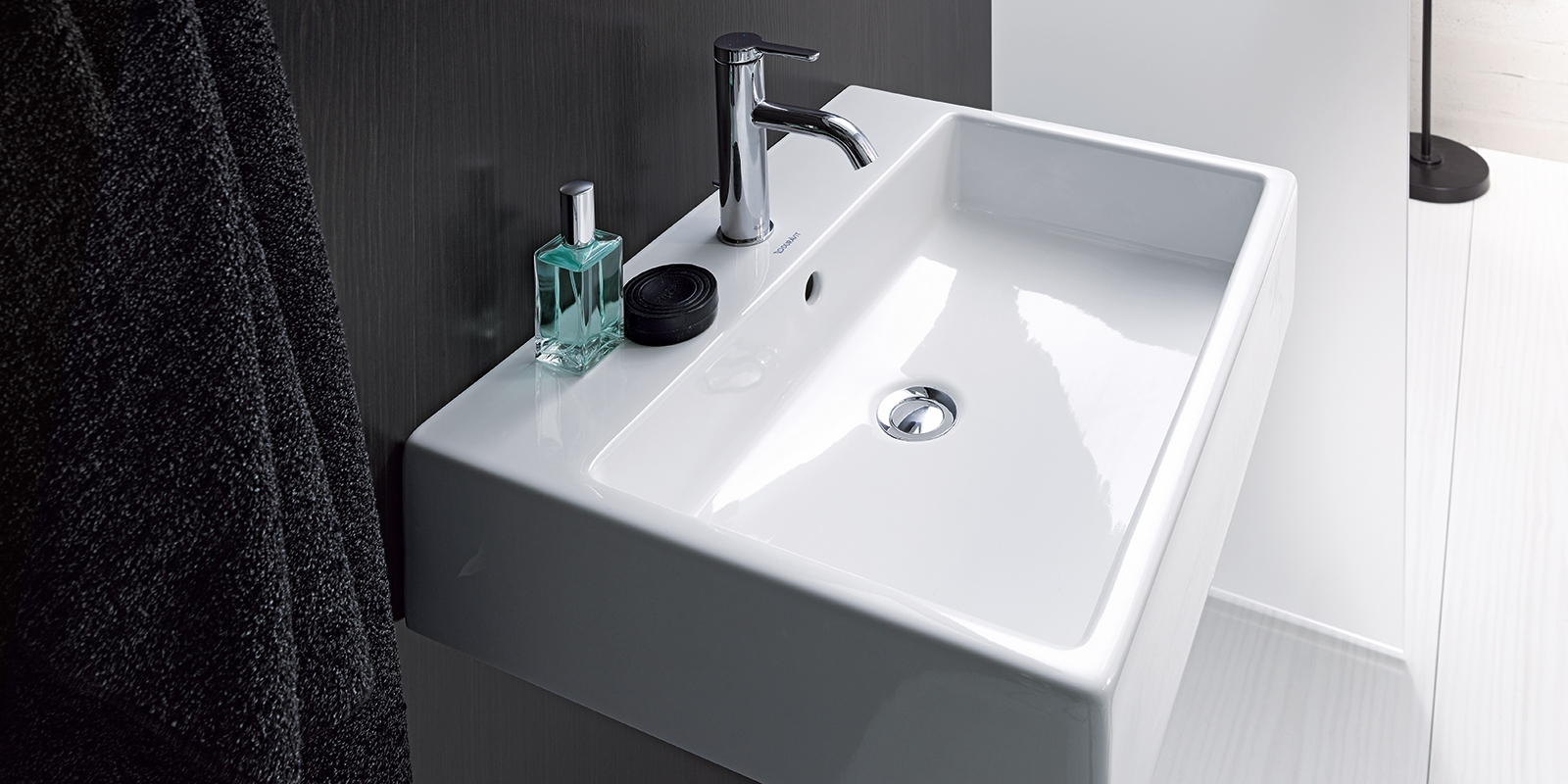 DURAVIT Vero Air Washbasins at xTWOstore