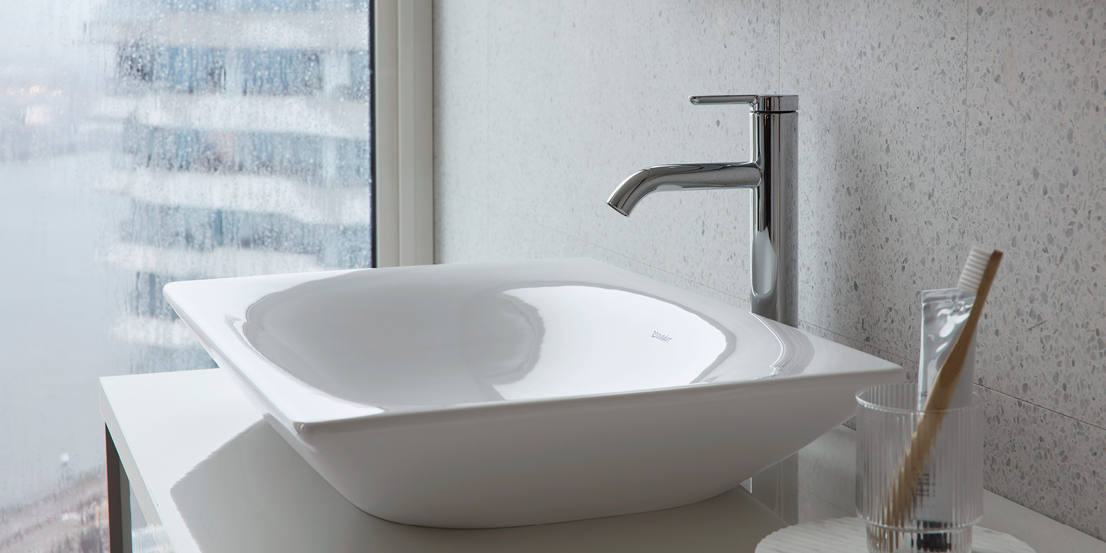 Duravit Viu Countertop Washbasin at xTWOstore