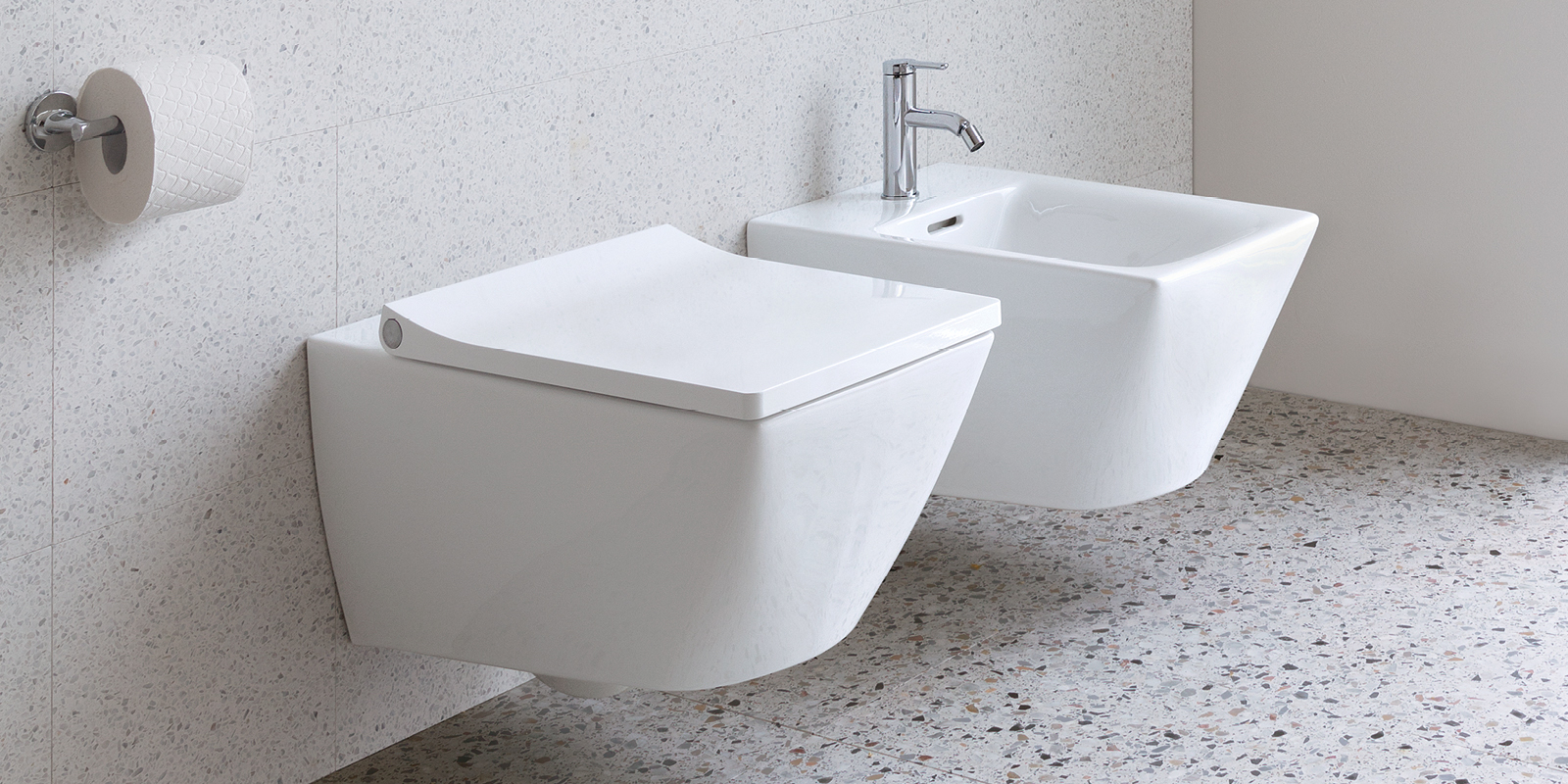 Duravit Viu WC and bidet at xTWOstore