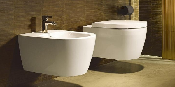 Duravit ME by Starck Wall-Mounted WC and Bidet at xTWOstore